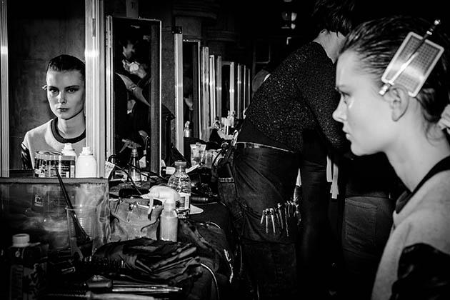 46292c00-972e-11e3-8d42-6f57d3351321_LFW-AW14-Backstage-Photo-2